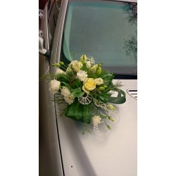 Car decoration for the wedding