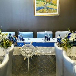 Decoration of a table for a wedding