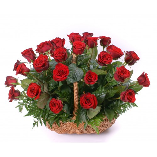 Basket with roses