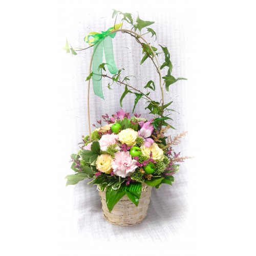 """Basket with flowers """"Green apple"""""""